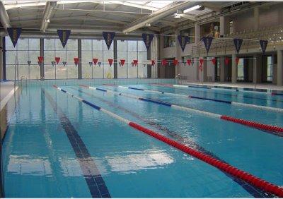 piscinas municipais.jpg